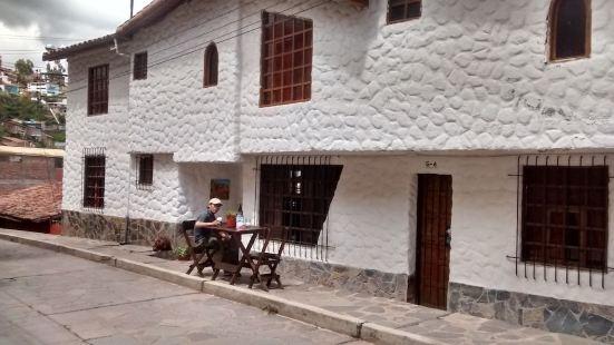 Cusco Cassona Feliz.