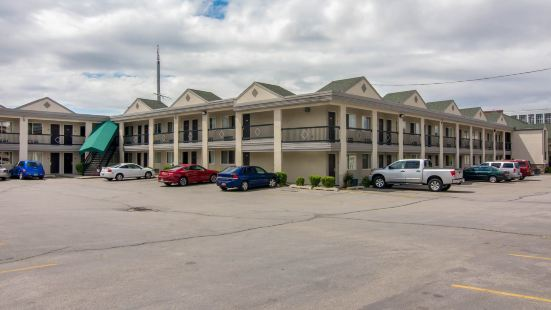 City Creek Inn & Suites