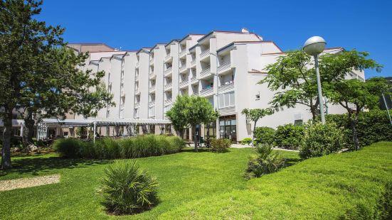 維拉瑪科林西亞巴利卡陽光酒店