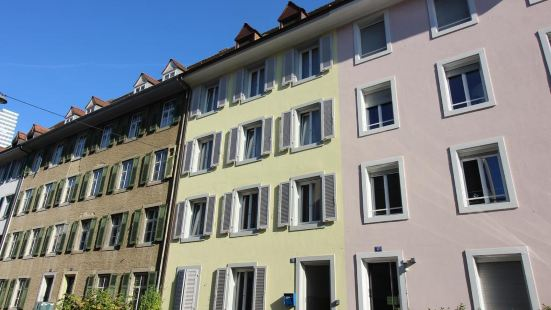 Rent a Home Eptingerstrasse