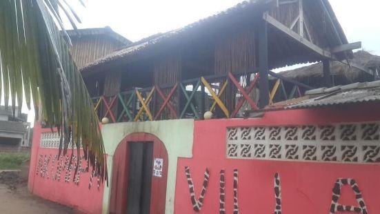 Akomapa Village