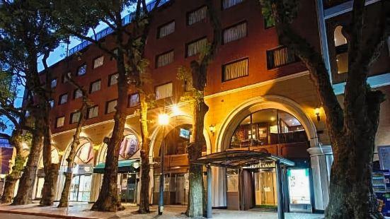 Hotel Okus