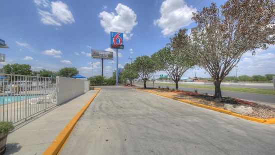 Motel 6-San Antonio, TX - West SeaWorld