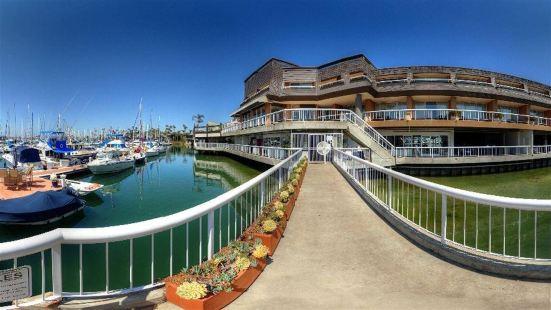 海灣俱樂部酒店和碼頭