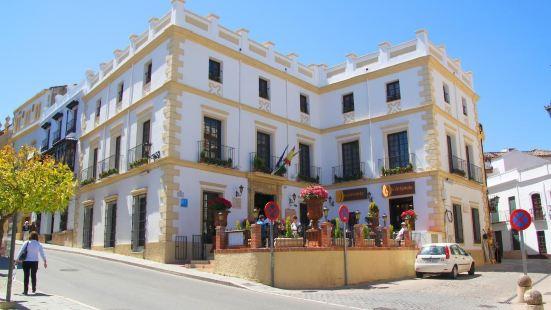 Hotel Palacio de Hemingway
