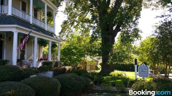 Fig Tree Manor