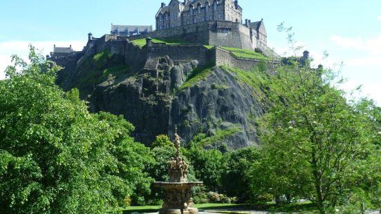 愛丁堡城堡公寓酒店