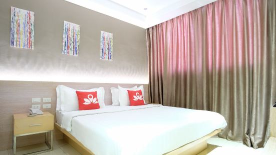 Zen Premium Dela Chambre Manila