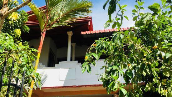 坦加拉湖景家庭旅館