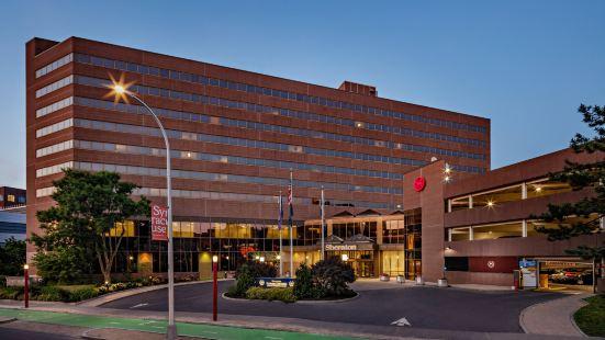 Sheraton Syracuse University Hotel and Conference Center