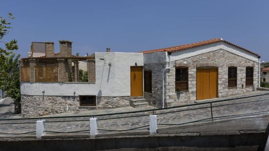 Villa of the old olive oil factory