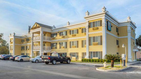 圖萊裏品質酒店