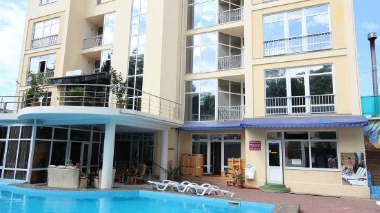 Hotel Yanais