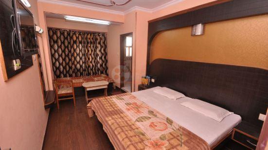 Hotel Sidharth Regency