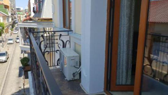Port Altus Hotel