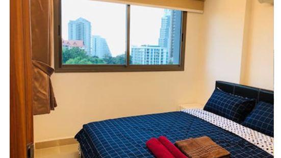 Pattaya Luxury Seaview Apartment by Chen Min
