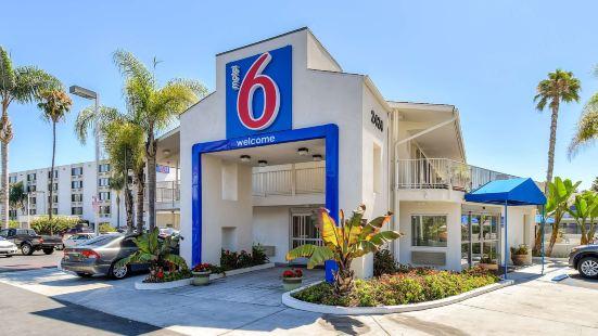 聖迭戈-酒店圈6號汽車旅館