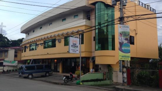 Sun Avenue Tourist Inn & Cafe