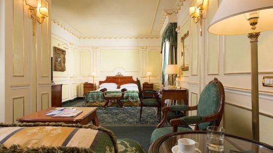 凡維特里大酒店