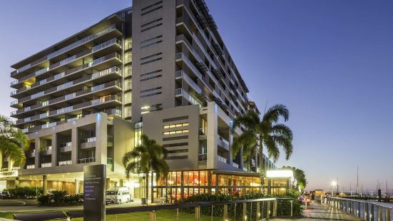 Luxury Private Apartment In Heart Of Cairns 222