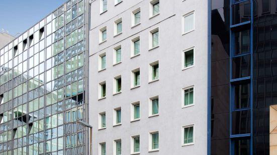 菲沃裏德酒店-多米希爾