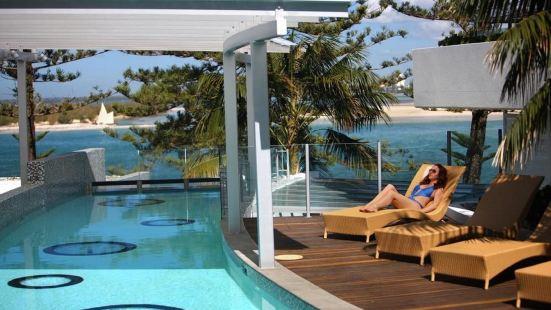Rumba Beach Resort Sunshine Coast