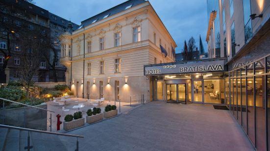 閣樓高級&威爾遜宮殿酒店