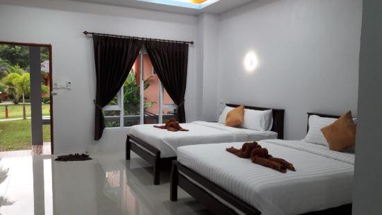 Tamarind Twin Resort