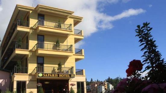 Saparis Hotel