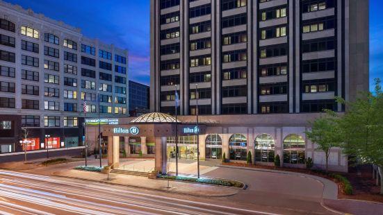 印第安納波利斯希爾頓酒店