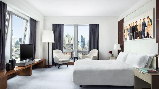 紐約朗廷酒店,第五大道