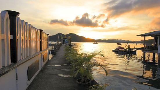Amphibi-ko Resort