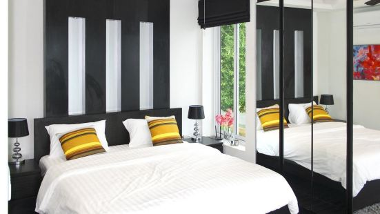 Golf course 5 bedroom pool luxury villa