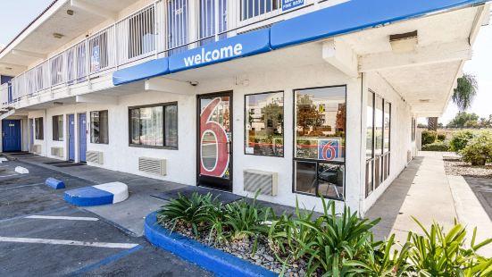 Motel 6 Modesto