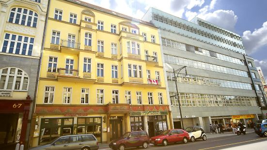 Old Town Apartments Schoenhauser Allee