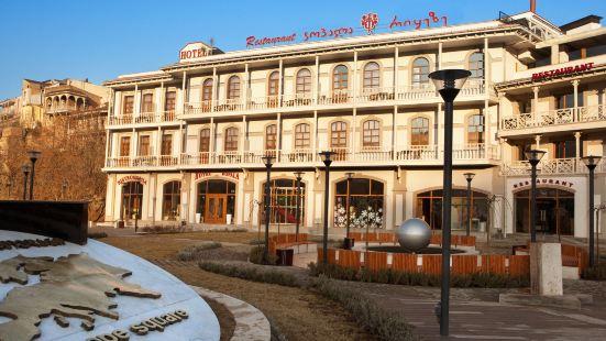 科帕拉里克酒店