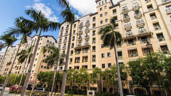 Sarasota Residential Resort, Newport City
