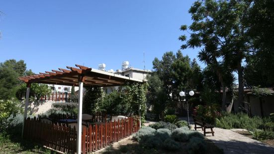 Dionysos Central
