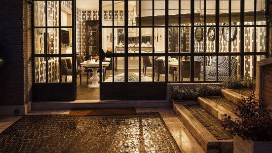 羅馬佩波里 9 號設計套房酒店