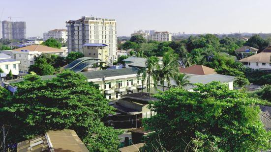Virtue Highland Hotel