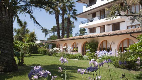 卡莉福尼亞花園酒店
