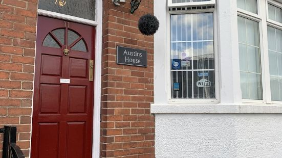 Austins Self Service Guest House