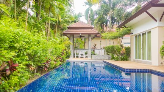 LesPalm Waterfall Pool Villa