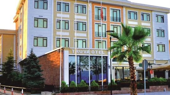 大木馬酒店