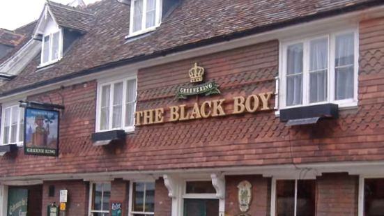 黑男孩傳統酒吧酒店