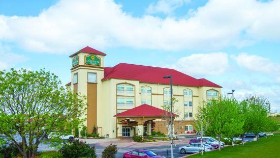 俄克拉荷馬市 - 穆爾温德姆拉昆塔酒店