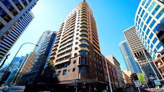 Seasons Harbour Plaza Sydney Apartments