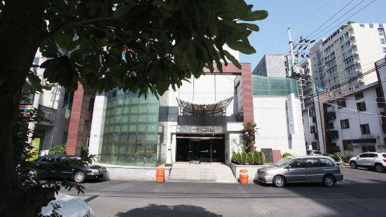노블레스 호텔