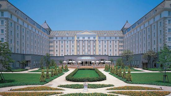 日航豪斯登堡酒店