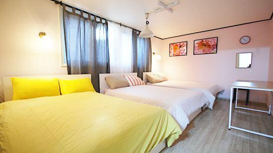 Anne House_1/Hongdae/3Rooms+2Bathroom